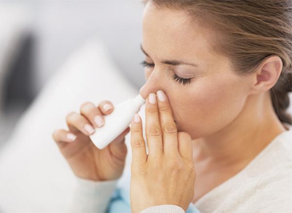 Cần cẩn trọng khi dùng corticoid dạng hít