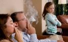Bố hút thuốc, con có nguy cơ mắc hen suyễn cao gấp 3 lần